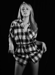 100822_Kat_Dionna_1540 copy (newspaper_guy Mike Orazzi) Tags: studio flash blond shorts plaid d3 70200mmf28gvr dionna sb28 bllonde strobist ab800 cybersync