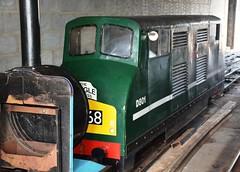 Class 42,  D801 'Vanguard' (Stuart Axe) Tags: uk greatbritain england miniature model diesel unitedkingdom railway loco gb locomotive hastings railways eastsussex britishrail warship vanguard britishrailways class42 d801 hastingsminiaturerailway