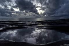 6H02 (Laurent Asselin) Tags: sea sky mer sunrise eau lumire reflet ciel nuages paysage reflets matin kourou aube ocan guyane