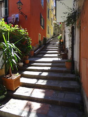 Monterosso, Cinque Terre (chibeba) Tags: italy heritage history coast town seaside spring europe village liguria villages unesco worldheritagesite coastal april cinqueterre towns italianriviera 2016 fivevillages 5villages