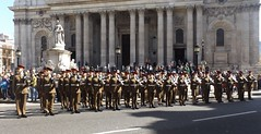 household cavalry mounted regiment-freedom of the city of london parade /20/04/2016/ (philipbisset275) Tags: unitedkingdom cityoflondon centrallondon englandgreatbritain householdcavalrymountedregiment 20042016 freedomofthecityoflondonparade
