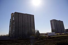Sighthill flats under demolition (2) (dddoc1965) Tags: road blue red scotland high skies glasgow 21st sunny demolition flats reid april rise kenny sighthill 2016 dddoc davidcameronpaisleyphotographer