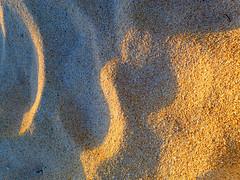 Sunrise in the sand (Loreto Vila) Tags: blue orange sun color contrast sunrise sand colorful creative