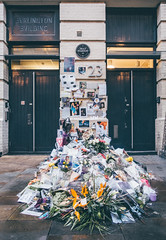 Bowie Remembered   Ziggy Stardust (James_Beard) Tags: london bowie rip blueplaque davidbowie ziggystardust heddonstreet sonyrx100m3