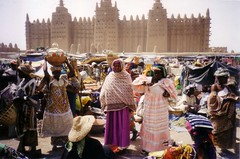 Djennemosque (bartlebooth) Tags: africa muslim mosque unesco adobe westafrica mali djenne amrket