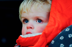 Boy in chrome - Sigma-Z 135mm 2.8 Pantel lenstest (leunkstar) Tags: boy portrait orange kid eyes child sigma chrome tele 28 135 manualfocus ais 135mm telelens lenstest d90 pantel nikond90 sigmaz mflenses pantell