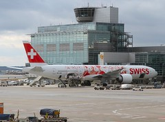 Swiss                             Boeing 777                            HB-JNA (Flame1958) Tags: travel vacation holiday switzerland flying travels holidays swiss boeing 777 vacations fra 0216 boeing777 2016 b777 frankfurtairport swissairlines eddf 110216 hbjna swissb777