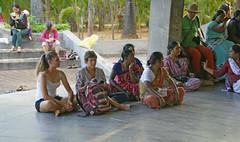 audience_2144 (Manohar_Auroville) Tags: girls dance women luigi tamilnadu auroville kolam fedele manohar tamilgirl tamilbeauty