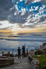 Esperando la ola tras la barrera (arstxopo) Tags: costa atardecer mar surf nubes puestadesol barrika