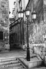 Penedez Lamps (Bruce Poole) Tags: blackandwhite monochrome del mono october iron bruce catalonia gas catalunya lamps pays poole penedes catalan vilafranca 2015 vilafrancadepenedes brucepoole brucepoole2015 gaslampsstreetlampsanticandoalleyginnelsteps escaleraescaliershistoric