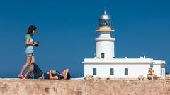Far de Cavalleria (Markus Trienke) Tags: people lighthouse building canon eos coast spring sunny es menorca spanien 70d balearischeinseln esmercadal