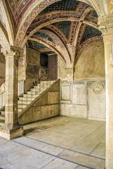Iglesia Santa Maria Novella (Leandro Fridman) Tags: arquitectura nikon iglesia escalera tumba arcos d60 santamarianovella