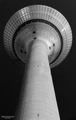 Looking up... Rhine Tower, Dsseldorf (Zaphod Beeblebrox 1970) Tags: bw white black tower monochrome up germany concrete deutschland mono looking nrw sw monochrom dusseldorf turm dsseldorf rhine rhein schwarz rheinturm medienhafen weis