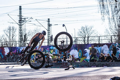 Park am Gleisdreieck, Berlin (Fliwatuet) Tags: park berlin bike bicycle kreuzberg germany de deutschland graffiti panasonic ostern fahrrad gleisdreieck m43 mft em5 20mm17 olympusomd