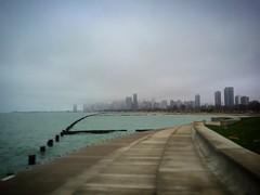 Lakeshore. (Leodileo) Tags: usa chicago running lakeshore