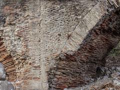 Ponte delle Chianche (Antonio De Capua) Tags: bridge bricks ponte ancientrome anticaroma laterizi viatraiana