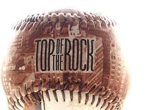 top of the rock (maotaola) Tags: newyork rocky souvenir topoftherock clavealta flickrfriday pelotadebeisbol pelotacafdebeisbol