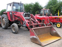 PWH 127S (Nivek.Old.Gold) Tags: tractor front loader 1977 ferguson massey 575 cheffins mf80