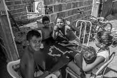16-SAN_6671 (Revelando o Coque) Tags: recife fotografia crianas pernambuco coque religiosidade senhoras comunidadedocoque