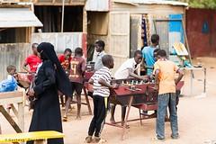 Street baby-foot (DeGust) Tags: africa street niger kid child streetphotography scene ne westafrica enfant westafrika afrique ner  niamey  scnes scne  afriquedelouest    nikond3s  afsnikkor85mmf14g