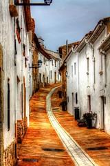 Begur (lex.Cat) Tags: calle pueblo catalunya hdr carrer catalua begur poble