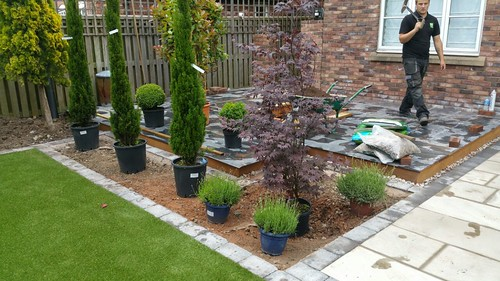 Landscape Gardening Wilmslow -  Decking Paving and Artificial Lawn Image 11
