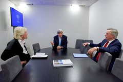 Secretary Kerry and Senior Advisor Thorne Sit With Sir Richard Branson for a Discussion on Climate Change in Davos (U.S. Department of State) Tags: switzerland davos johnkerry climatechange worldeconomicforum sirrichardbranson davidthorne wef2016