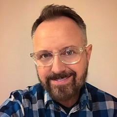 That feeling after a fresh haircut. (meChristopher) Tags: bear gay men beard happiness petaluma sonomacounty scruff photomoment howyoudoing nerdyguy christopherswan instagram