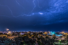 AFM1181_005523.jpg (AFM1181) Tags: lighting street sky house cars rain night palms lights palm kuwait thunder kw  q8 grean  salwa        hawallygovernorate afm1181