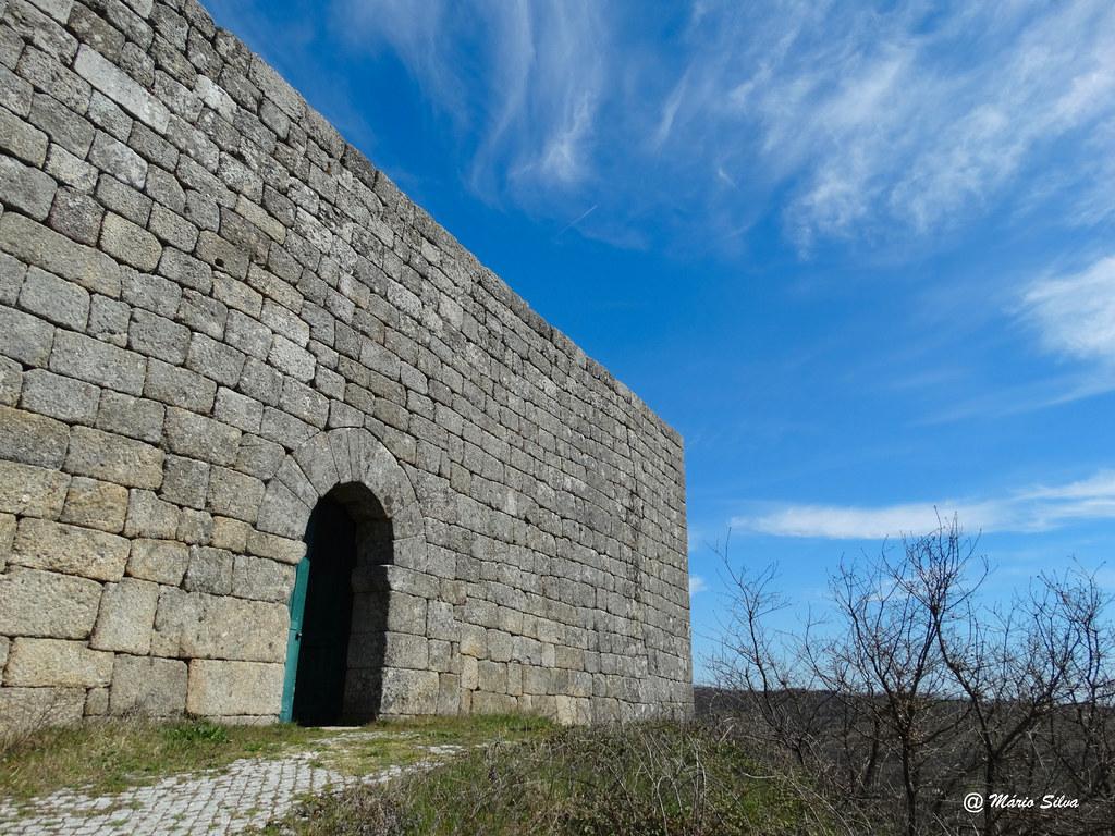 Águas Frias (Chaves) - ... Castelo de Monforte de Rio Livre