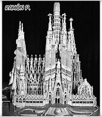 Templo Expiatorio de la Sagrada Familia....acabado (# RAMN Mortadelo #) Tags: barcelona blancoynegro sagradafamilia maqueta mortadelo65pp