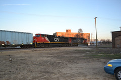CN 5655 east (antennawizard) Tags: railroad sunset building cn train illinois engine goose locomotive freeport buffer rockford interlocking unit loomis subdivision ethanol 2597 5655 controlpoint 8630west