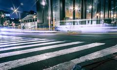 Sn ttulo (Luis Riveraw) Tags: lighting longexposure urban color night photography lights luces streetphotography contraste urbano 1855mm largaexposicin canon600d