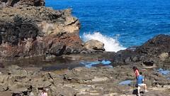 a powerful spray (dolanh) Tags: ocean hawaii maui nakaleleblowhole kahekilihighway