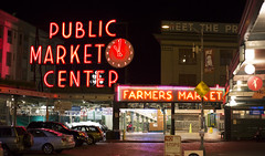 Seattle_Spring Break_2016 (airliyah23) Tags: nightphotography market pikeplace