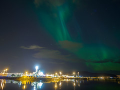 northernlights over the harbour in Trondheim (Duong_Nguyen78) Tags: city norway olympus trondheim northernlights auroraborealis omd