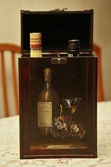 Estuche para vinos (Jos Lira) Tags: mxico caja pintura vinos estuche