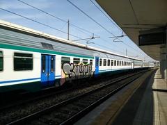 Graffiti (simone.dibiase) Tags: train torino graffiti trains carrozza treno stato trenitalia italiane lingotto treni dello ferrovie regionale