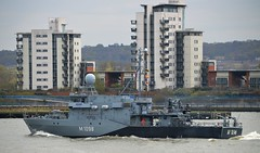 FGS Siegburg M1098 @ Gallions Reach 18-04-16 (AJBC_1) Tags: uk england london boat ship unitedkingdom military navy vessel riverthames nato warship minesweeper eastlondon gallionsreach mcv nikond3200 northwoolwich newham germannavy navalvessel londonboroughofnewham deutschemarine minehunter m1098 m1090 3minensuchgeschwader ensdorfclassminesweeper dlrblog ajc bundeswehrnavy fgssiegburg 3rdgermanminesweepingsquadron