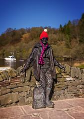 Weir's Way (Neillwphoto) Tags: sculpture hat sunglasses wall tom bronze scarf bank shades tam lochlomond weir woolly weirsway balmaha toorie