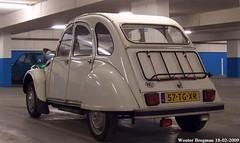 Citron 2CV 1990 (XBXG) Tags: auto old france holland classic haarlem netherlands car vintage french automobile nederland citron voiture 2cv frankrijk paysbas 1990 eend geit ancienne 2pk 2cv6 citron2cv franaise deuche deudeuche 57tgxr