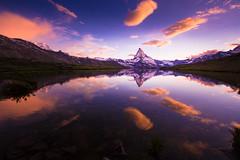 Matterhorn (Frdy) Tags: sunset sky cloud mountain landscape schweiz switzerland sonnenuntergang sundown outdoor zermatt matterhorn landschaft