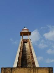 Observation Deck (cn174) Tags: pink india sundial observatory jaipur rajasthan equinox jantarmantar pinkcity samratyantra jaiprakashyantra maharajajaisinghii