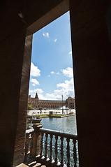 Tras el balcn (orozco-fotos) Tags: sevilla andaluca tokina1224 seville andalusia orozco plazadeespaa nikond90 corozco orozcofotos
