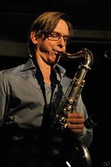 Erwin Vann (Zi Owl) Tags: brussels music concert bravo live gig jazz bruxelles brussel ldh musique leslundisdhortense