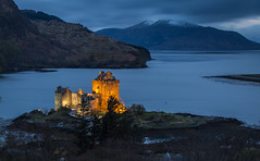 Eilean Donan Castle (simpletones) Tags: light castle night landscape highlands scottish loch eilean donan duich