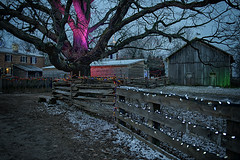 Upper Canada Village, Morrisburg, On (monilague) Tags: season evening soir uppercanadavillage saison morrisburg ontariohiverwinterlightlumirevillageoldanciencouleurcolorsmaisonshouses