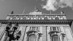 Building - Piccadilly Circus (BW) (Panasonic Lumix LX100 Compact) (markdbaynham) Tags: street leica city uk urban london westminster lumix zoom capital central panasonic gb fixed metropolis dmc compact lx londoner londonist lx100 2475mm f1728 lumixer