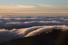 Pratomagno . between clouds and sky (dragonflaitrii) Tags: clouds canon eos nuvole toscana pratomagno valdarno 60d