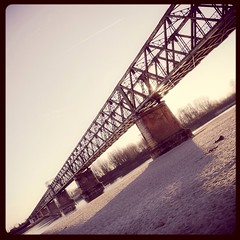 180/365 la secca #365 #365project #photoaday #photooftheday #provinciapavese #pontedellabecca #bridge #ticino #dryness #siccit #river #sand (Lorenzo Tombola) Tags: bridge river ticino ponte 365 photooftheday 365project pontedellabecca nikond7000 instagram